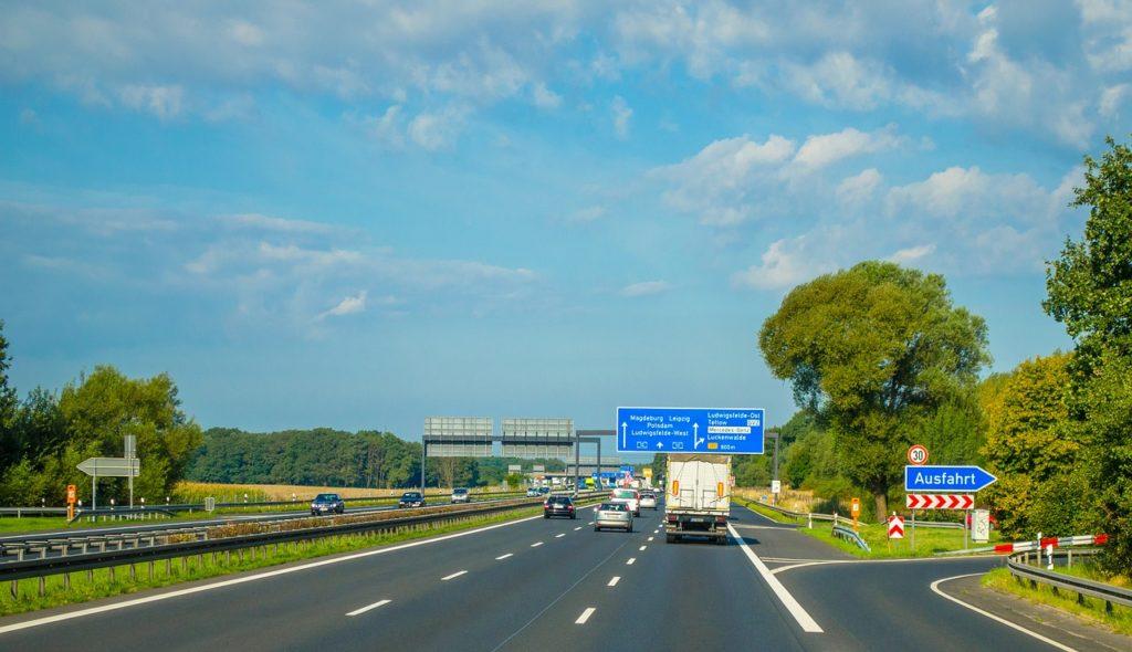 znaki drogowe 2021